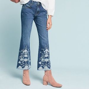 Anthro Pilcro Cropped Flare Flower Jeans / 25